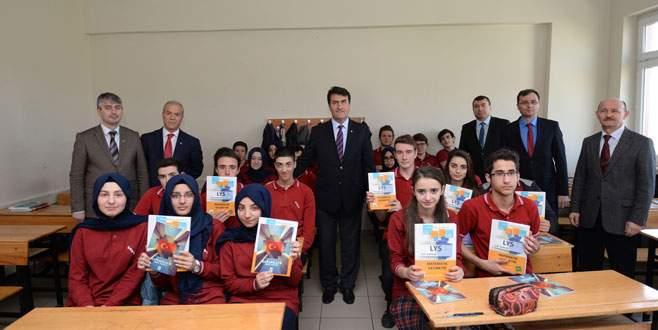 Üniversite adaylarına Osmangazi'den destek