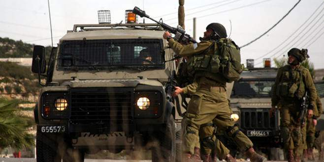 İsrail, Filistinlilerin yollarını kapattı