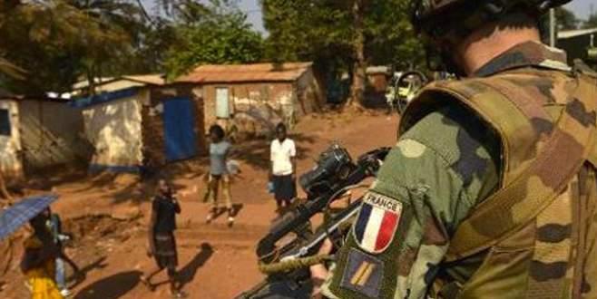 Fransız askerlere taciz suçlaması