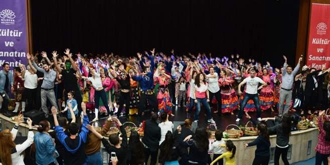Dünya Dans Günü'nde 450 dansçıdan muhteşem gösteri