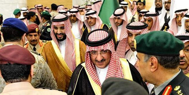 S. Arabistan'da biat kuyruğu