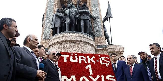 Türk-İş'ten Taksim Anıtı'na çelenk