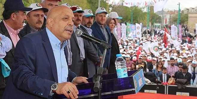'Daha güçlü demokrasi için yeni anayasa istiyoruz'