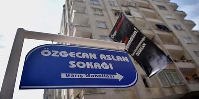Özgecan'ın adı ailesinin yaşadığı sokağa verildi