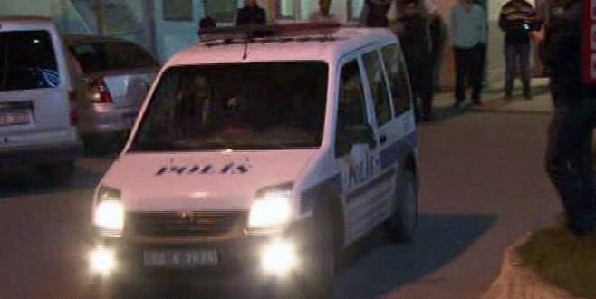 Polise pompalı tüfekle saldırı
