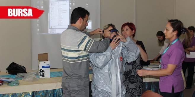 Sağlık çalışanlarına KBRN eğitimi