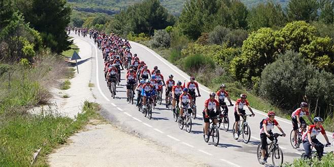 Zaferin 100. Yılında 100 bisikletli ile anma