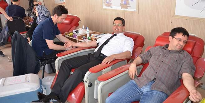 Gemlik Belediyesi'nden kök hücre bağışı