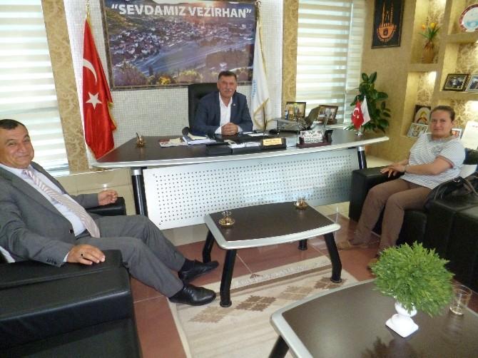 Umreden Dönen Vezirhan Belediye Başkanı Duymuş'a Ziyaretler Devam Ediyor