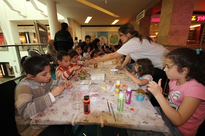 Forum Gaziantep'te Kumbaralar Çocukların Ellerinde Renklerini Buldu