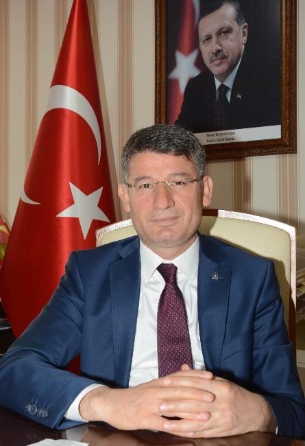 Adana'da Başbakan Davutoğlu Heyecanı