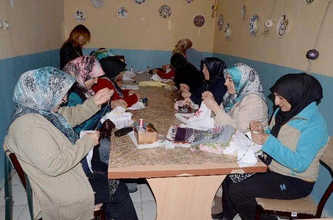 Sarıkamış'ta Elde Türk İşlemeciliği Kursu Açıldı