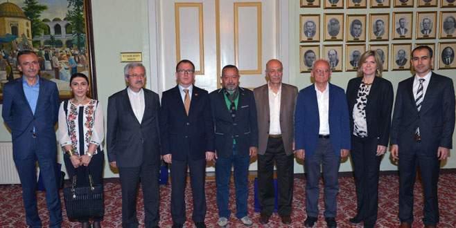 Edebiyatçılar Büyükşehir'de