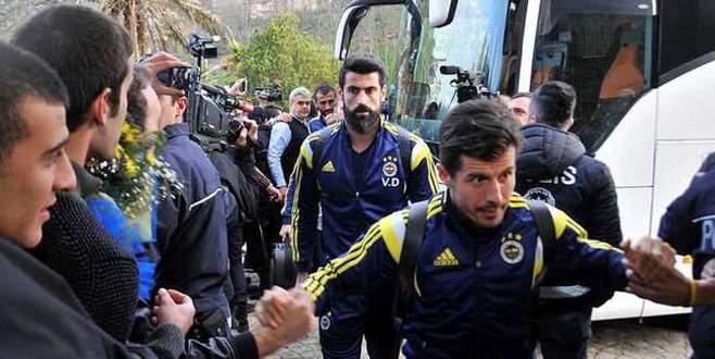 Fenerbahçe uçağında panik!