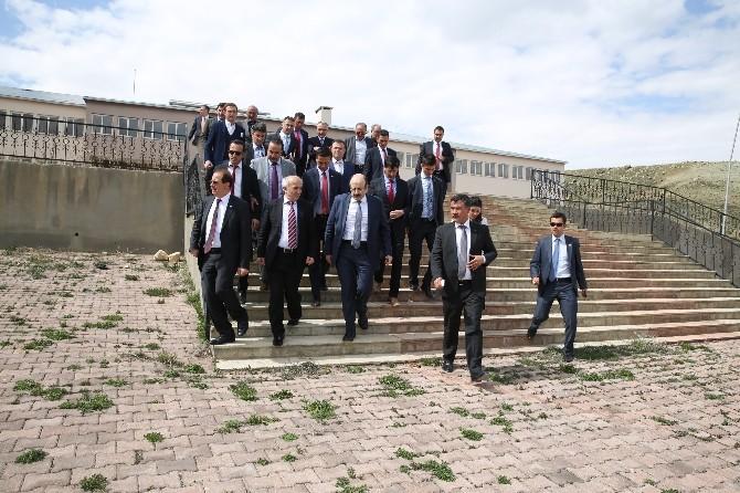 """YÖK Başkanı Saraç: """"Aydıntepe Ve Demirözü'nde Yüksek Okul İçin Her Şey Olumlu"""""""
