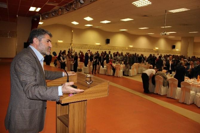 AK Partili Nebati, Tüm Salonu Ayağa Kaldırdı