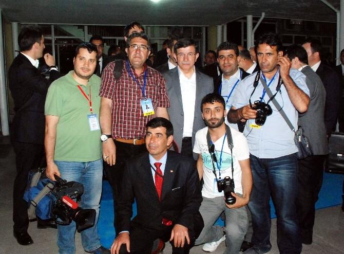Başbakan Davutoğlu Adıyaman Valiliğini Ziyaret Etti