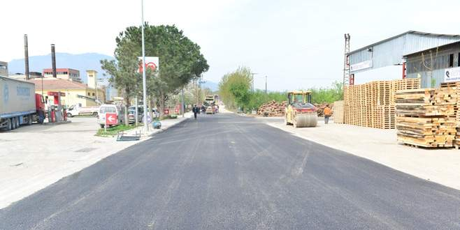 Eski Bursa Yolu asfaltla kaplandı
