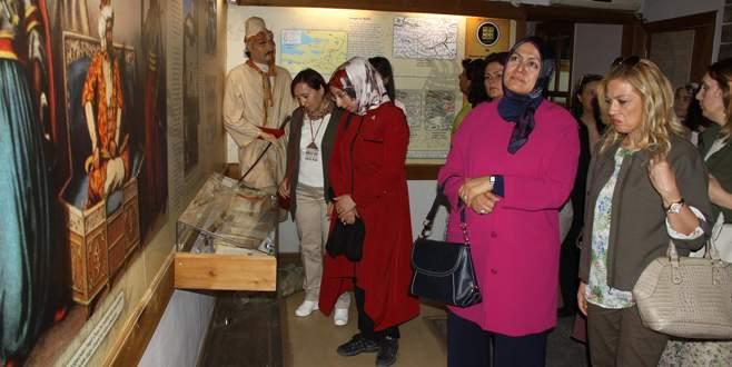 Kaymakam eşlerinden İnegöl'de müze gezisi