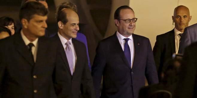 Hollande'dan Küba ziyareti