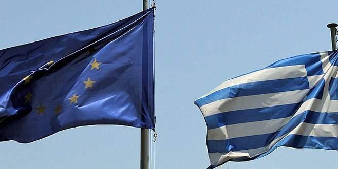 Yunanistan parasızlıkla yüz yüze