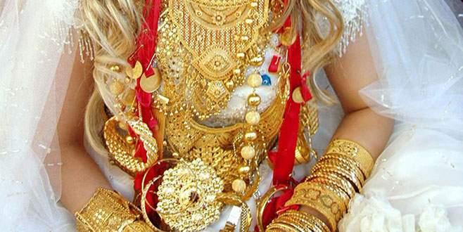 Başlık parası ile evlendiği kız altınları alıp kaçtı