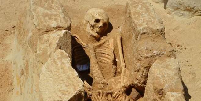 2 bin 500 yıllık antik mezarlık gün yüzüne çıktı