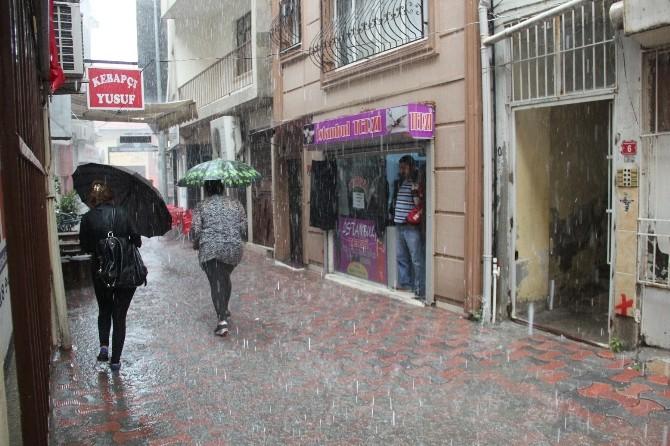 İskenderun'da Şiddetli Yağmur