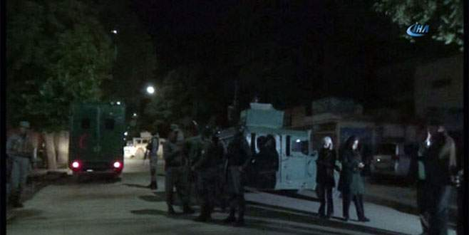 Taliban, Türklerin de bulunduğu binayı bastı