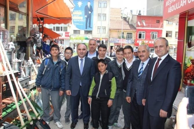 Kastamonu Valisi Tosya'da Jandarma Komutanlığı Ve Esnafı Ziyaret Etti