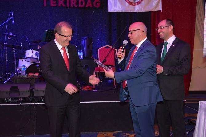 Süleymanpaşa Belediye Başkanı Eşkinat, Eczacılar Günü Davetine Katıldı