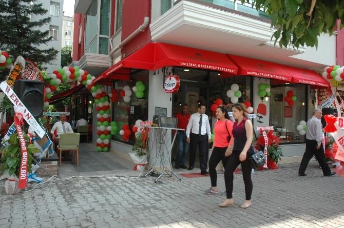 Fıstıkzade Baklavalarının 9. Şubesi Adana'da Açıldı