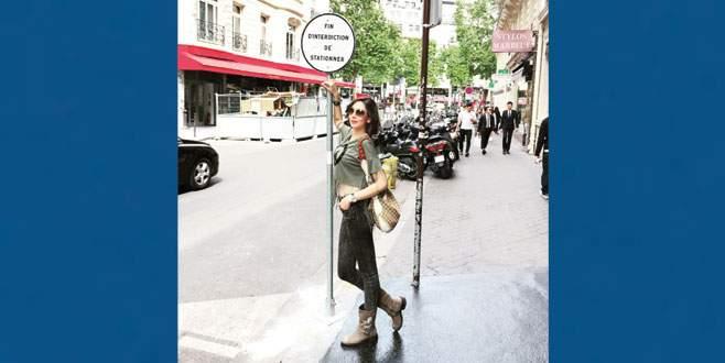 Ece'nin Paris çıkarması