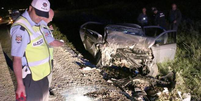 CHP seçim minibüsü kaza yaptı: 1 ölü 8 yaralı