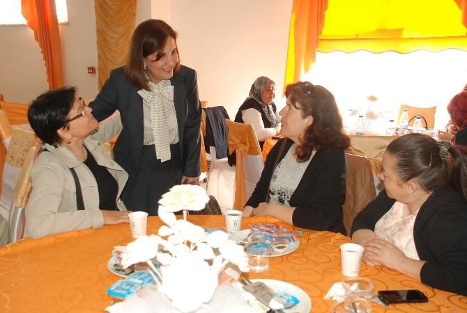 CHP Milletvekili Adayları Tepebaşı'nda Kadınlarla Buluştu