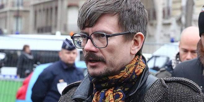 Charlie Hebdo çizerinden flaş karar
