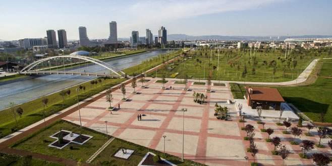 Bursa'nın en büyük parkı kapılarını açtı