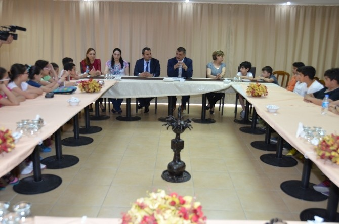 Öğrenciler, Başkan Gürkan'la Bir Araya Geldi