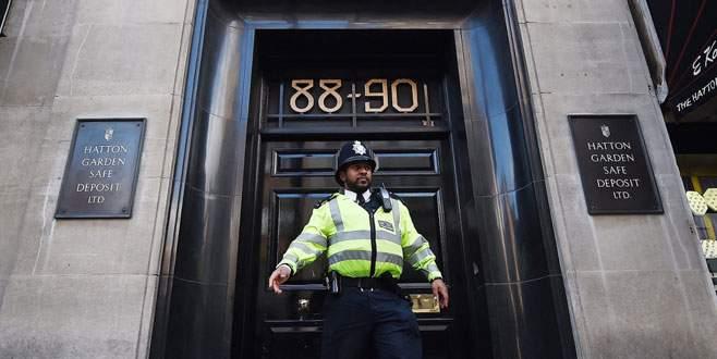 Londra'da mücevher soyguncuları yakalındı
