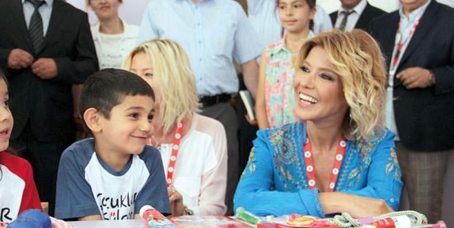 Bir okul da Konya'ya