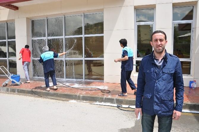 Muş Devlet Hastanesi'nde Bahar Temizliği