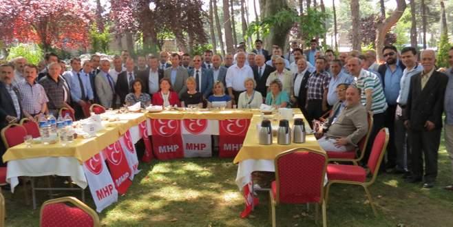 MHP'li adaylar muhtarlarla buluştu