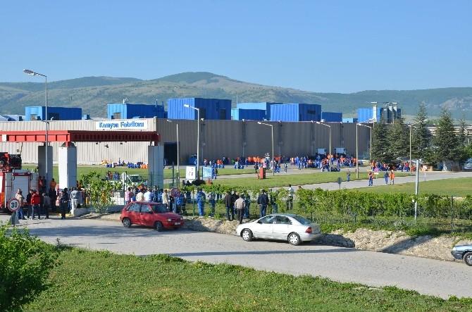 Eskişehir'de Ford Otosan İşçileri Eylemin 2. Gününde