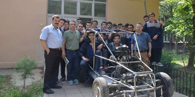 Bursalı öğrencilerden 'yerli araç'