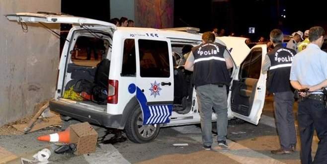 Polis otosu kaza yaptı: 1 şehit