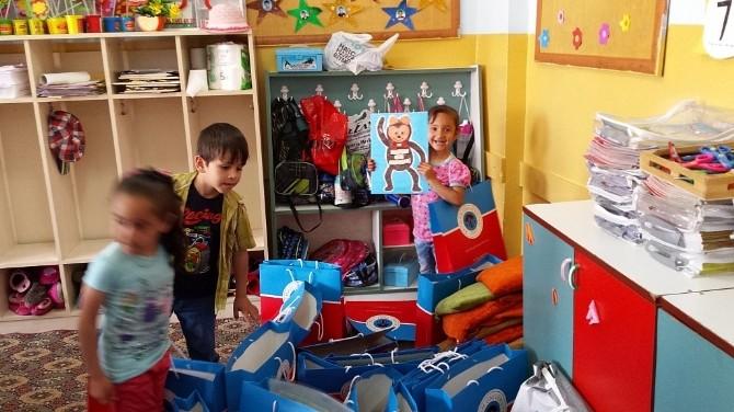 Kozluk MYO Öğrencileri, Petrol Ofisi İlkokulu Anasınıfını Ziyaret Etti