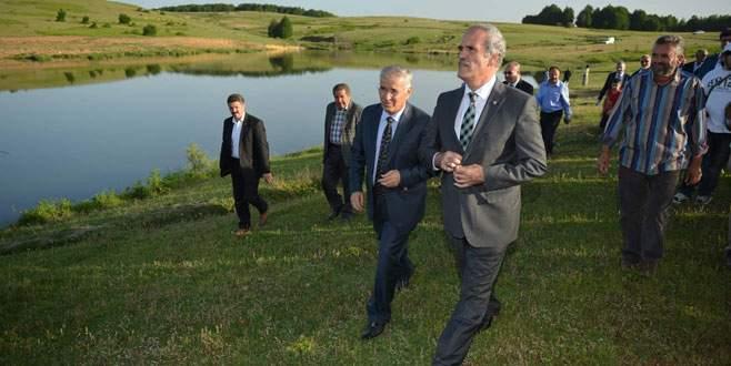 Bursa'da toprak suyla buluşuyor, çiftçinin yüzü gülüyor