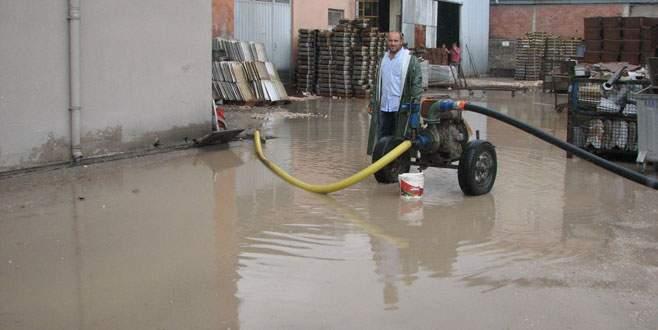 Barakfakih'te yağmur çilesi