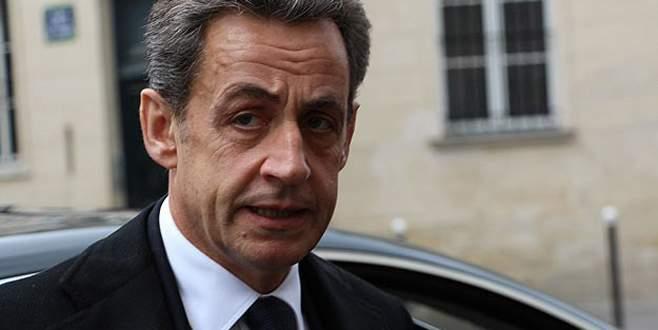 Sarkozy'nin partisi isim değiştirdi