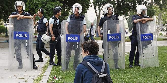 Polis Gezi Parkı'na girişe izin vermedi